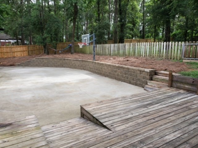 retaining wall done by DC lawn and landscape in fairhope, al